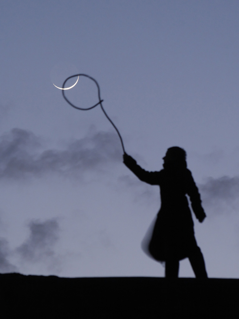 創意照片:和月亮玩遊戲 - 攝影入門教學 - ImageJoy